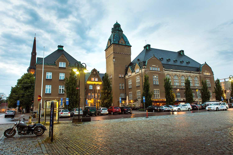 Paret ville boka en spa-weekend på Elite Stadshotell i Västerås.