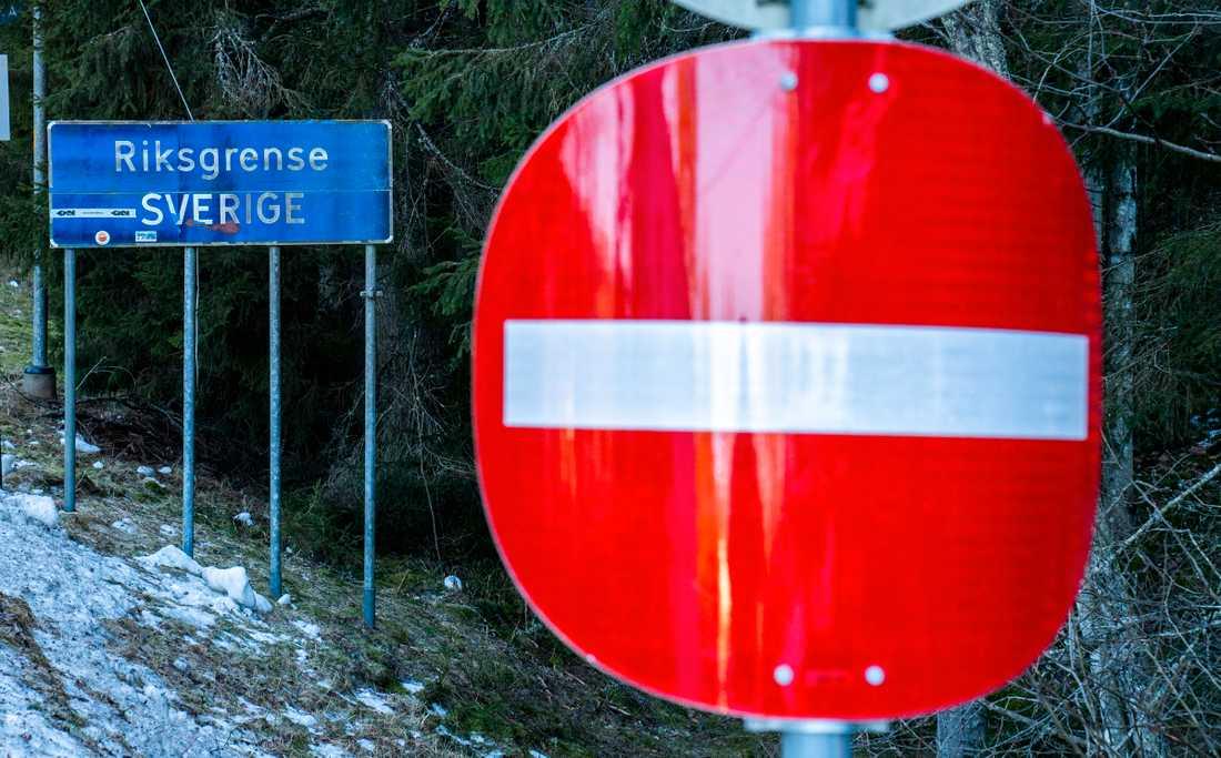 Norska stugägare vill få stöd från den svenska ambassadören i Oslo för att få resa till sina hus. Arkivbild.