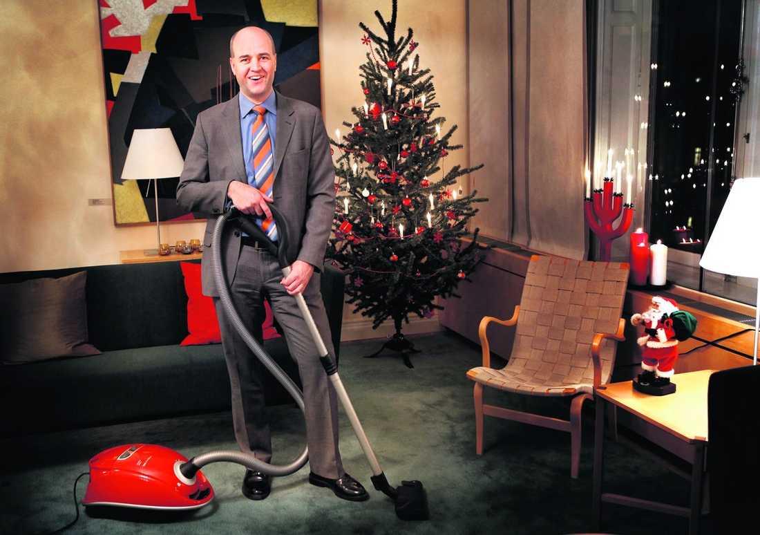 """dammsuger gärna """"Reinfeldt gillar hemarbete, bland annat att städa så att hans allergiska barn utsätts för mindre damm"""", skriver USA:s ambassad i ett hemligt dokument."""
