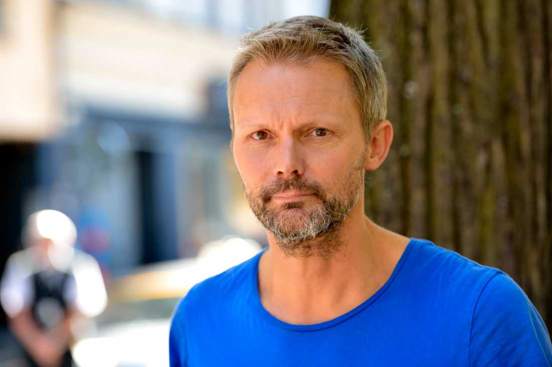 """Felix Herngren regisserar TV4-komedin """"Sjölyckan""""."""