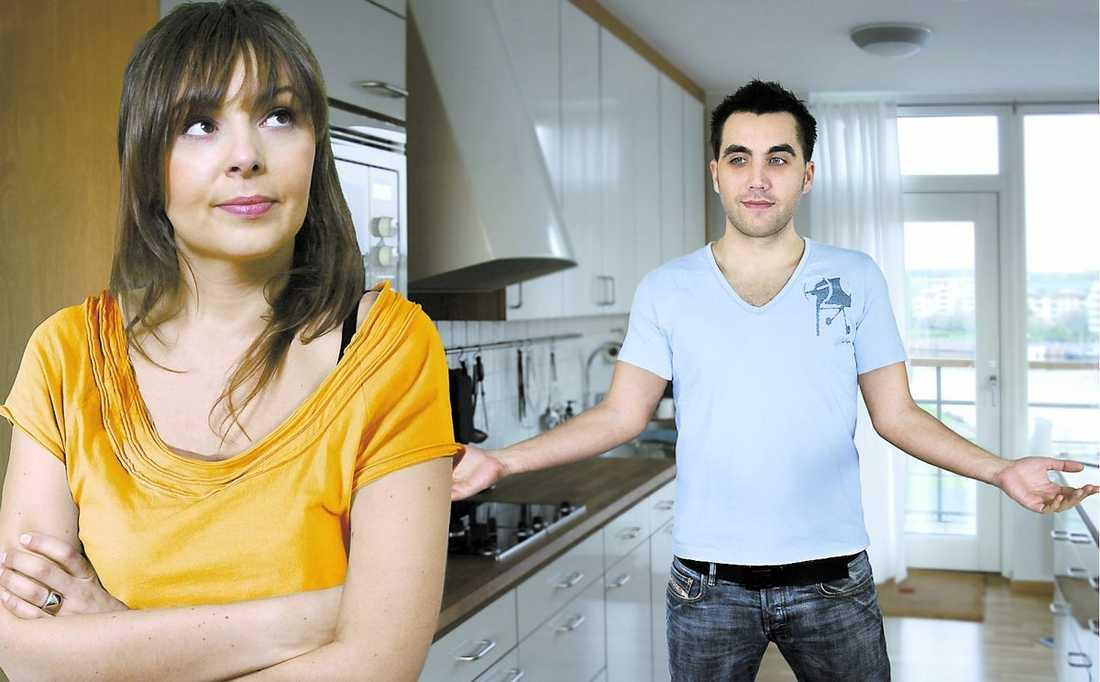 INSNÄRJD i lögner Pojkvännens lögner om sin ekonomi börjar bli svåra för flickvännen att hantera.