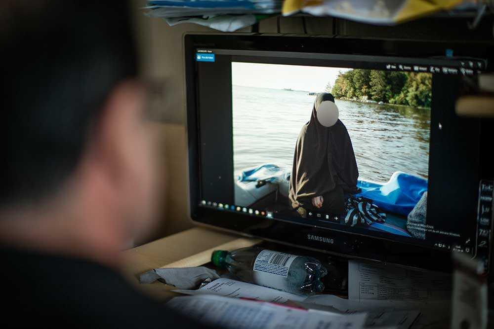 Yasmin reste ensam till Raqqa tillsammans med sina två små barn.