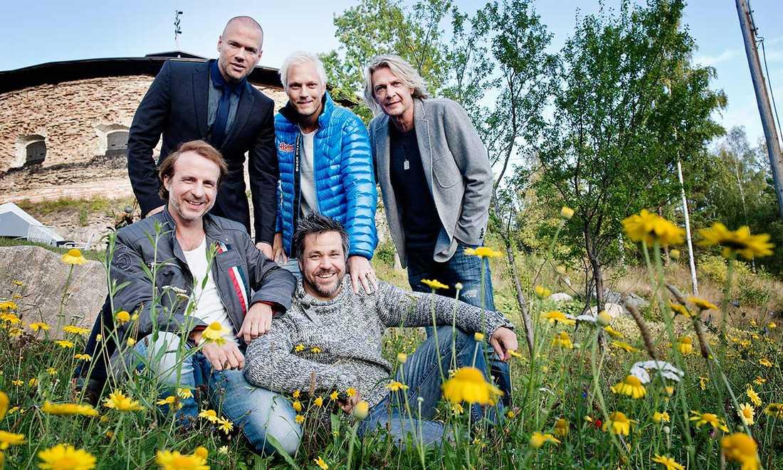 """""""Ladies night"""". Andreas Lundstedt, sångare Sverige, Thomas Järvheden, Tommy Nilsson, Patrik Isaksson och Kenny Mattsson."""
