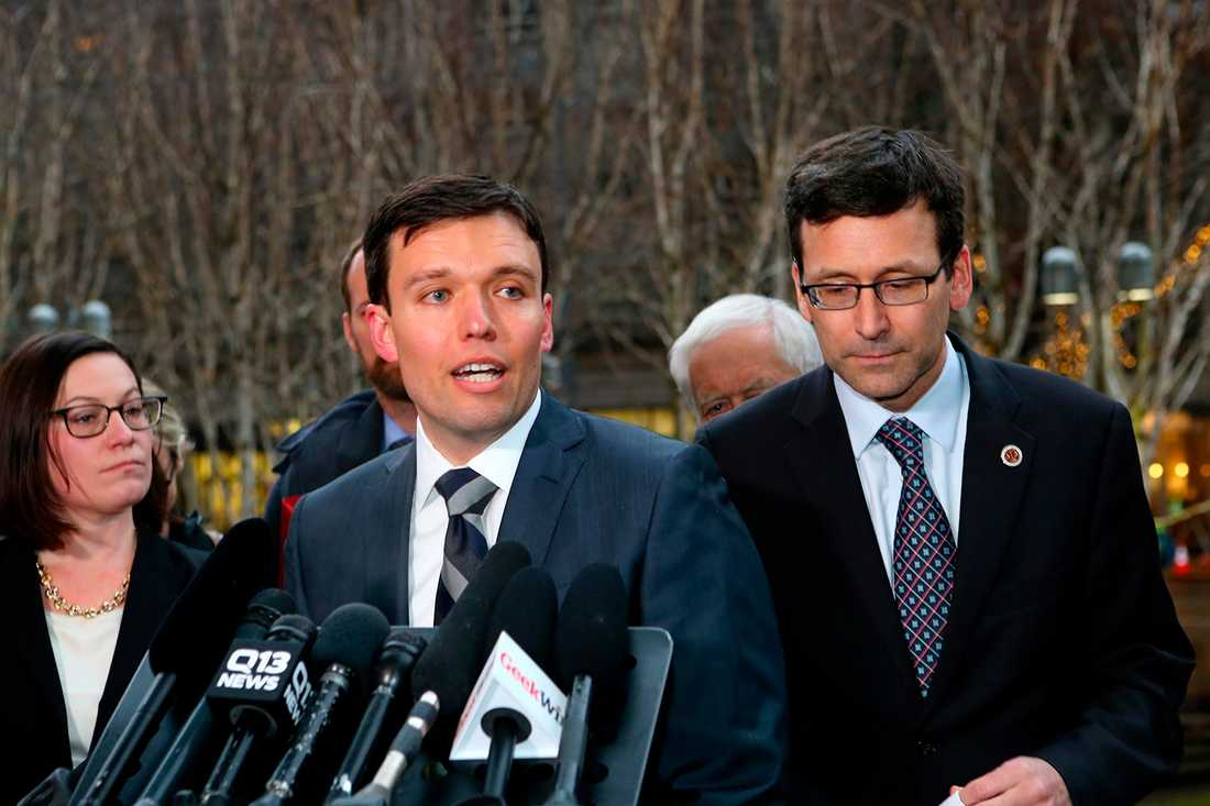 Noah Purcell vid Washingtons åklagarkammare hävdade att inreseförbudet orsakat stora skador för landet.