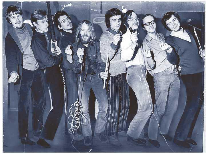 Proggruppen Blå tåget tuffar på 1971.