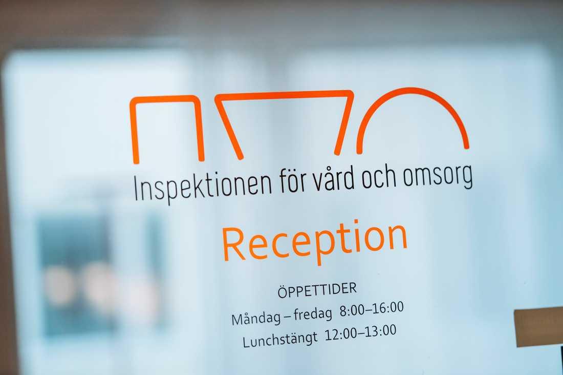 Ivo förbjuder en plastikklinik i Södertälje att fortsätta verksamheten efter att stora brister avslöjats. Arkivbild.