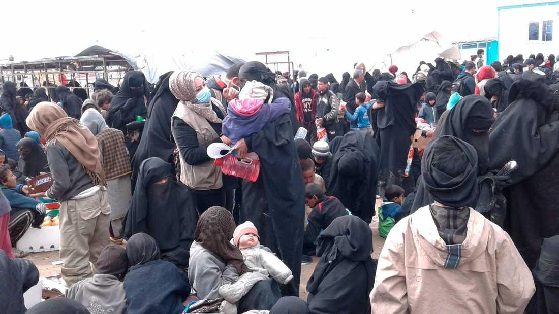 Bild från flyktinglägret al-Hol i  Syrien.