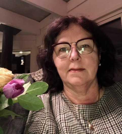 Hemtjänstens Eva Nilsson räddade vårdtagaren undan elden i Herrljunga.