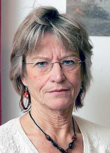 """""""Vi får känna oss fram till vilka behov barnen har, vilka frågor de vill ställa"""", säger rektor Margareta Svensson."""