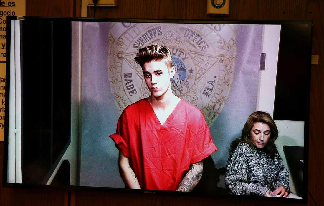 Bieber i rättsalen.