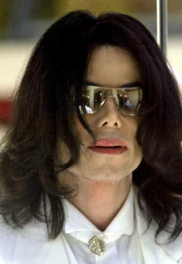 Jackson betalar 15 miljoner för pojkes tystnad.