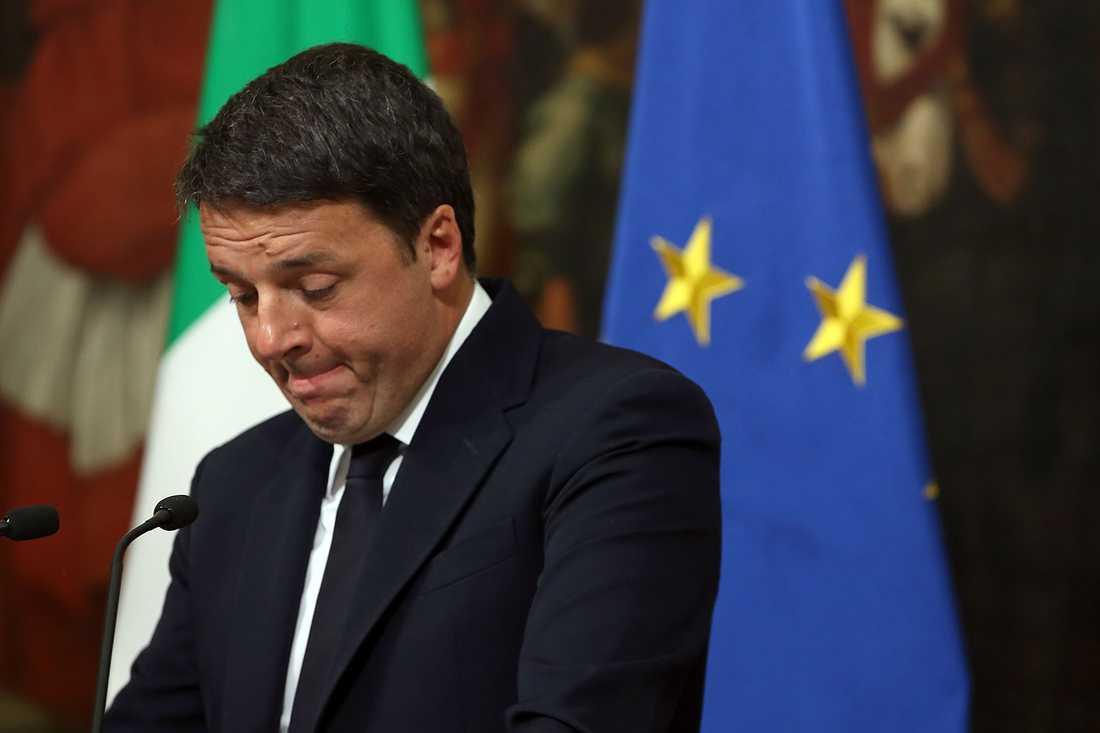 Matteo Renzi avgår efter folkomröstningen.