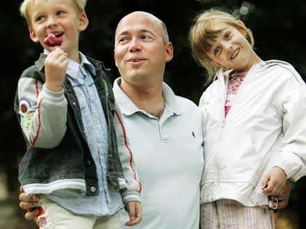 Smart planering I den danska familjen Storm Westergard har pappa, Jens (tillsammans med frun Vibeke) planerat en oerhört smart semester efter barnen Ann-Christin och Mads behov – ett Astrid Lindgren-tema hela sommaren.