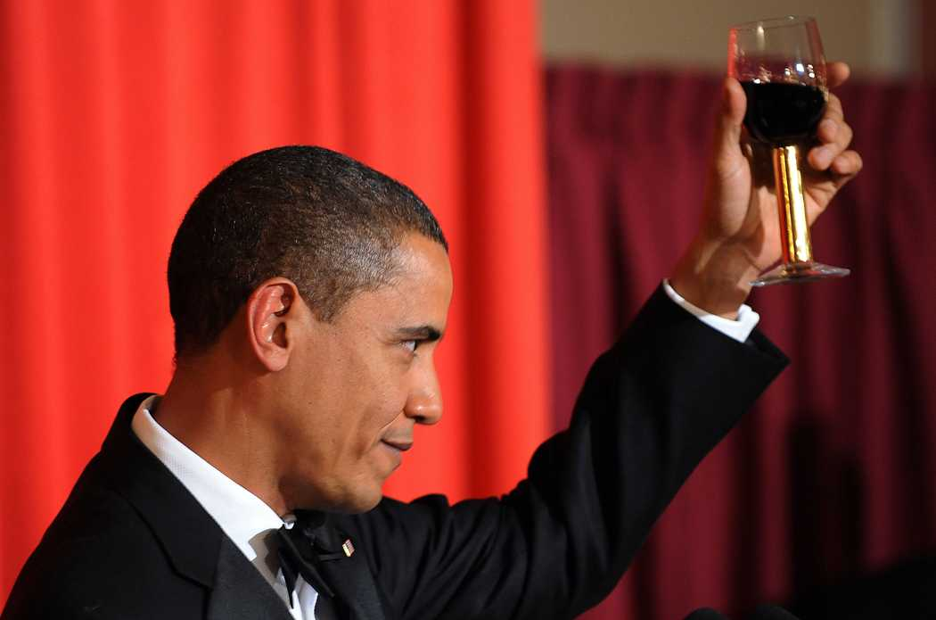 Barack Obama skålade till Alfred Nobels ära.