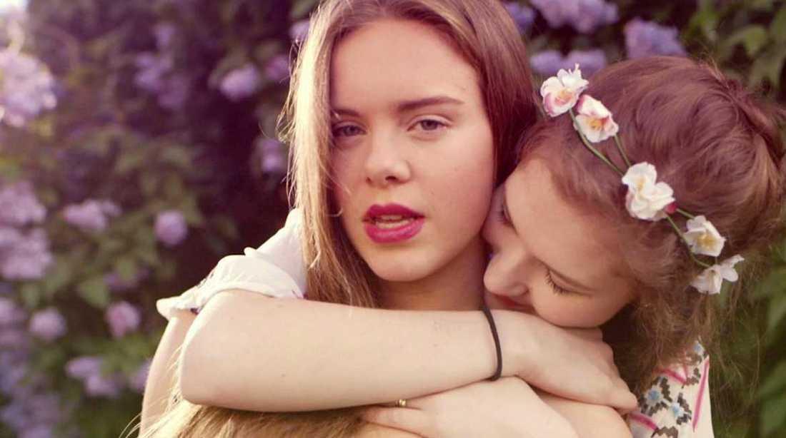 """Eva och Ingrid i """"Skam""""."""