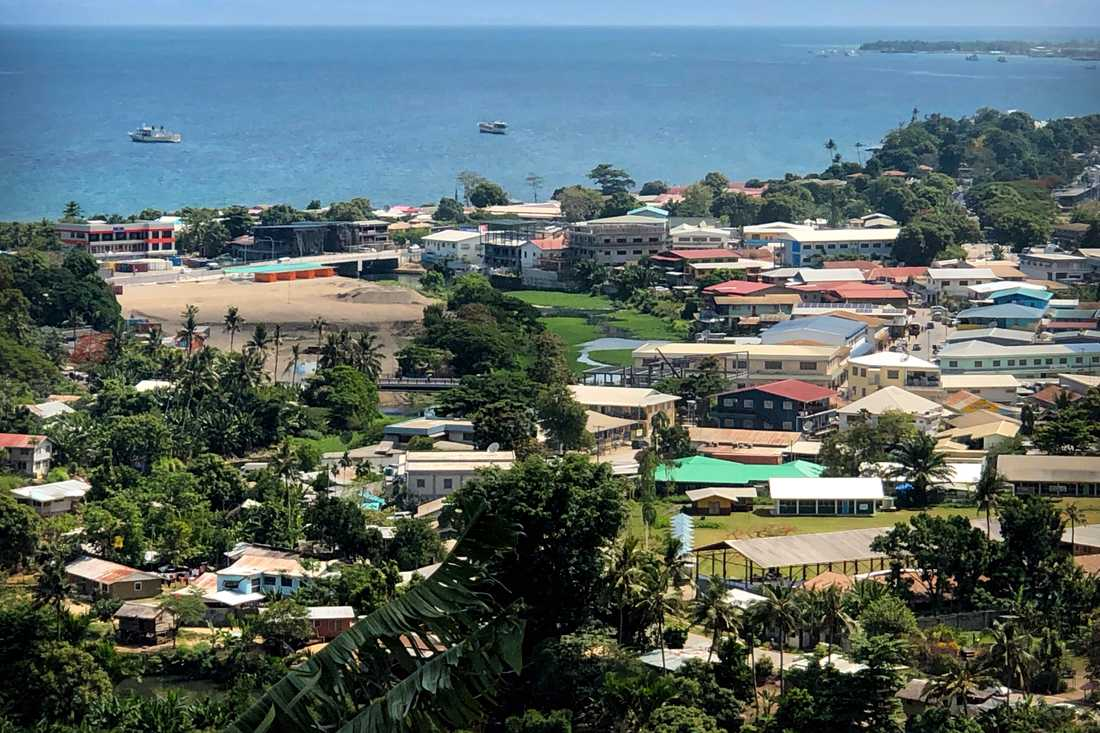 Fartyg för ankar utanför Salomonöarnas huvudstad Honiara. Arkivbild.