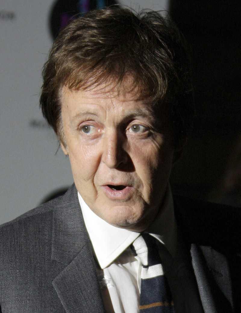 Paul McCartney i blåsväder.