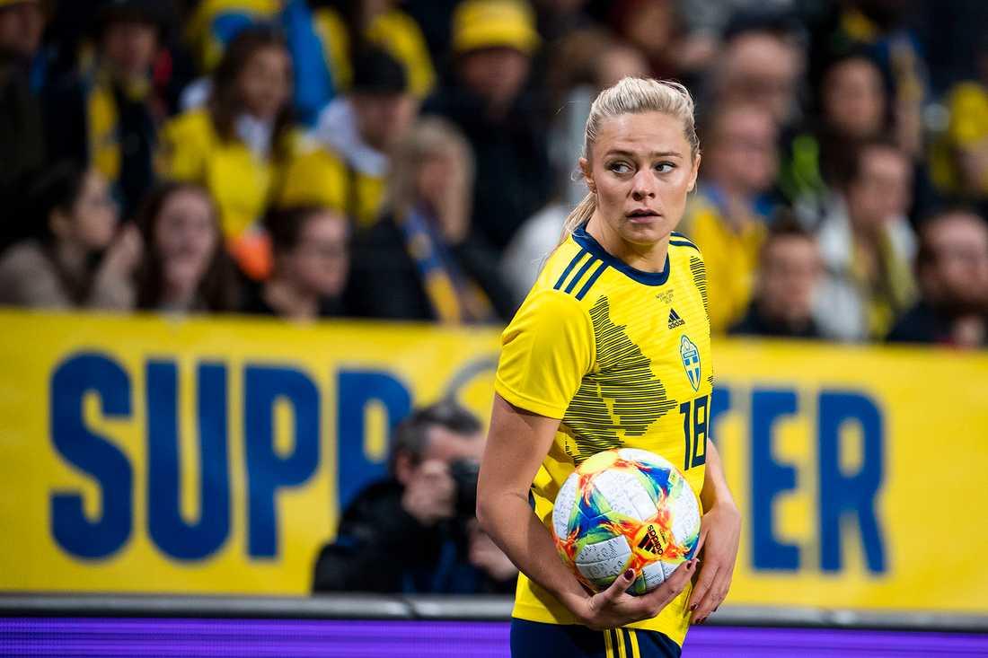 Fridolina Rolfö lämnar Bayern München.