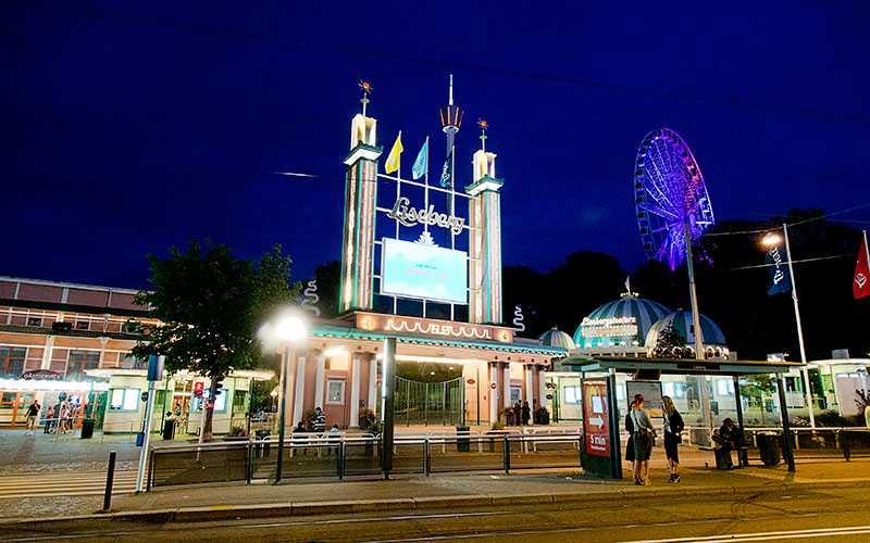Göteborg är på plats två bland Sveriges mest populära hotellorter. I Göteborg är Liseberg en av de populära attraktionerna.