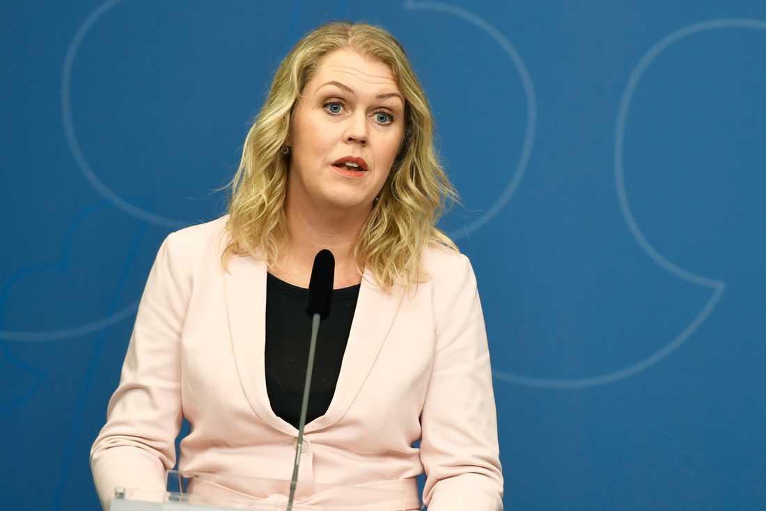 Ministern Lena Hallengren (S).