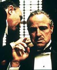 """Marlon Brando tog storslam med två av de tre bästa citaten. Här i """"Gudfadern""""."""