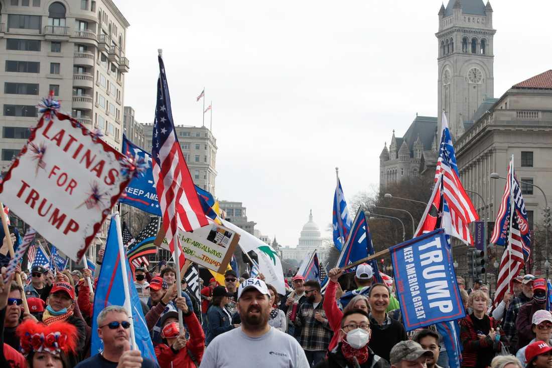 Trumpanhängare demonstrerar i USA