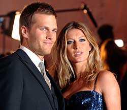 Pappan till Gisele Bündchens barn är hennes make, den amerikanska fotbollsstjärnan Tom Brady, 32.