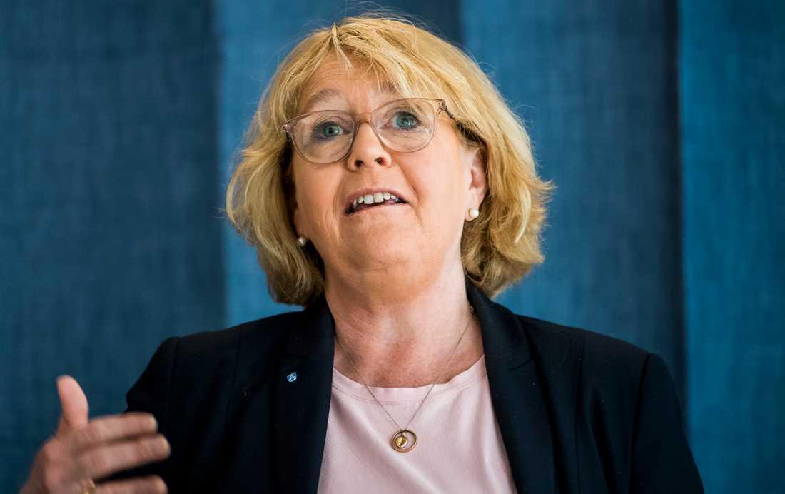 Stockholms finanslandstingsråd Irene Svenonius (M) tidigare kommunikationschef arbetar idag för Kry, som har fått ta över sjukvårdsupplysningen 1177 i regionen.