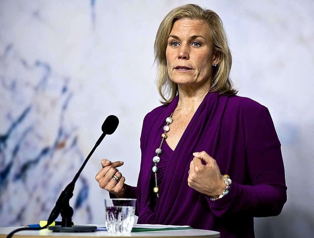 Biståndsminister Gunilla Carlsson, (M).