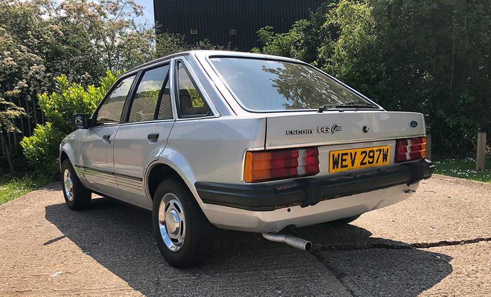 Bilen har samma registreringsskylt som när prinessan Diana ägde Forden.