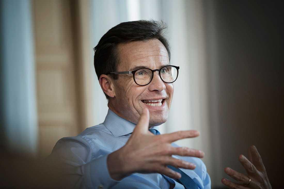 Sedan Ulf Kristersson tog över som moderatledare har det gått spikrakt uppåt i väljaropinionen.