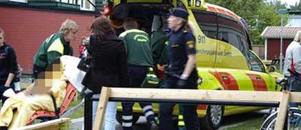 Den 16-åriga flickan fick livshotande skador av knivskärningen. På onsdagen dömdes en 17-årig flicka till sluten ungdomsvård i tio månader för grov misshandel.