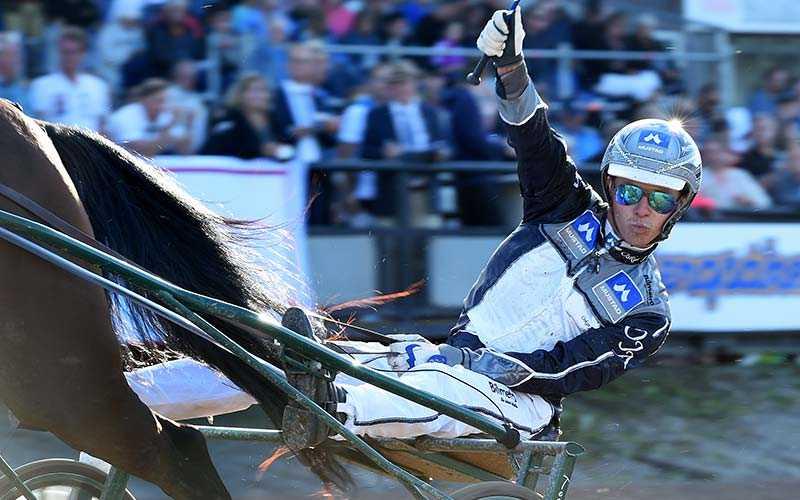 Oskar J Andersson gör segergest över mål