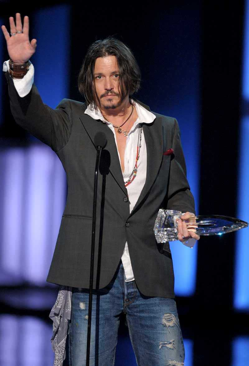 Depp när han tog emot priset på People's Choice Awards den 6 januari.