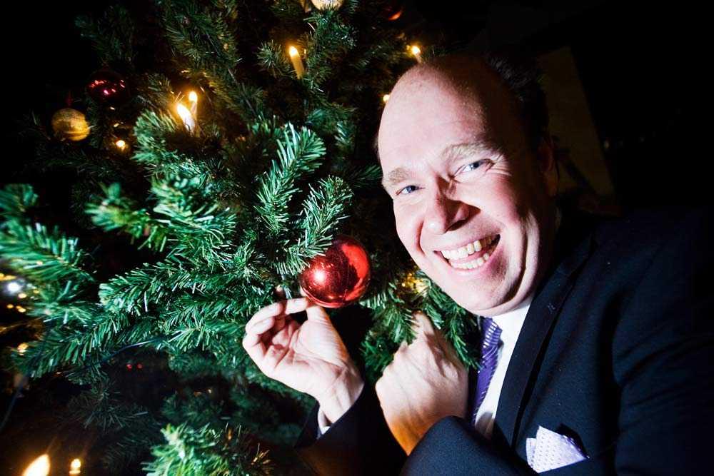 Lars Kronér, känd från tittarsuccén Doobidoo, var julvärd anno 2008.