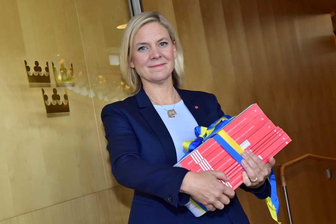 Om det inte finns en ny regering på plats den 15 november får finansminister Magdalena Andersson (S) överlämna övergångsregeringens budget till riksdagen. Arkivbild.