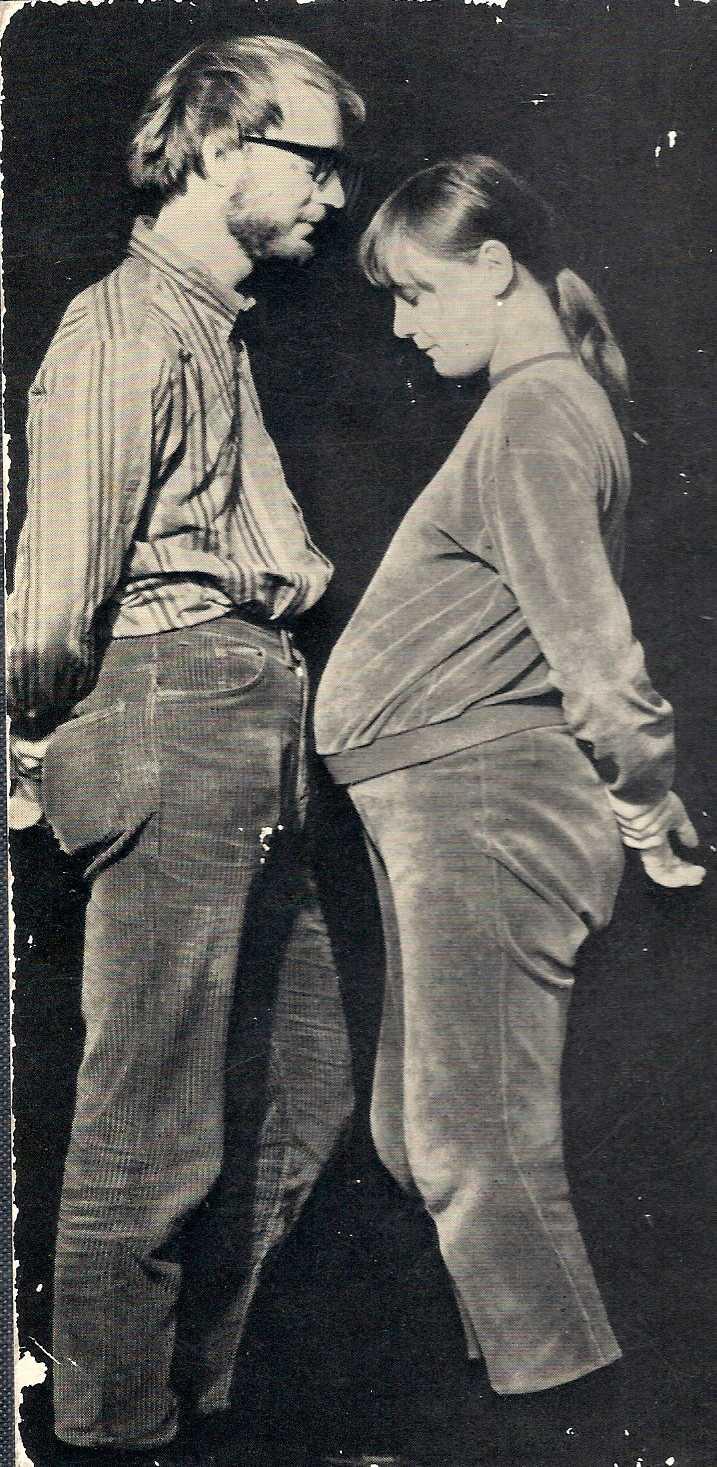 """Bild ur """"Mummel - en ny människa"""" en sexualupplysningsbok för barn från 1970."""