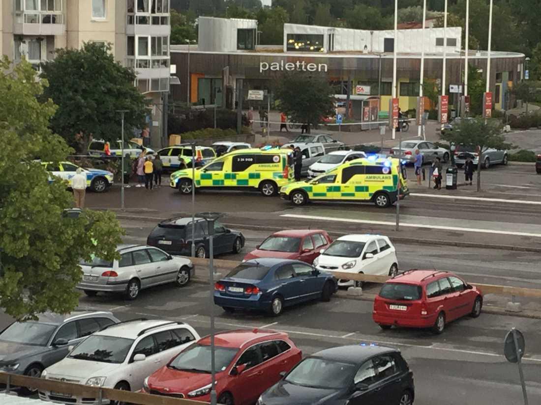 Polisinsats i Vallby i Västerås.