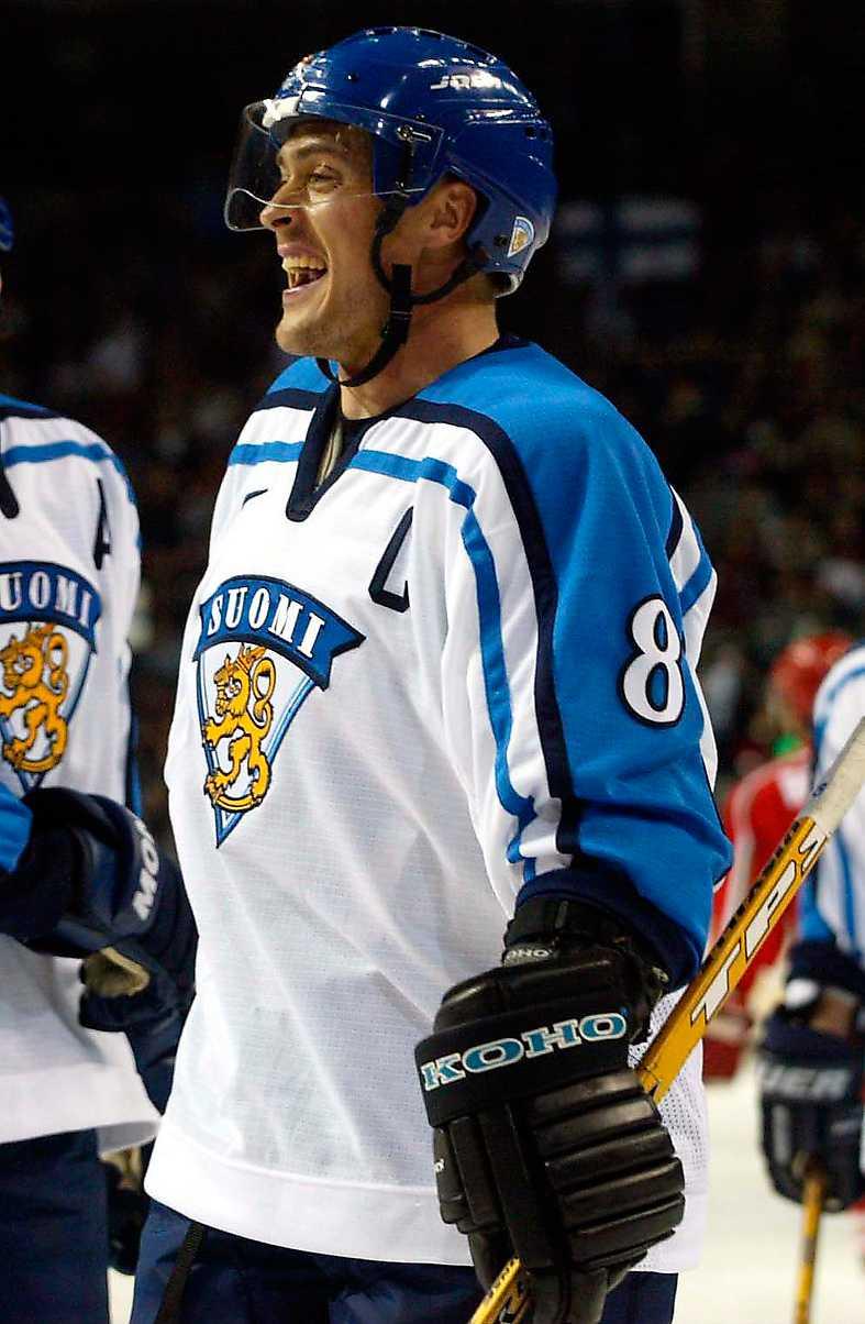 Selänne i OS 2002, SALT LAKE CITY 4 matcher, 3 mål + 0 assist = 3 poäng. Finlands placering: SEXA
