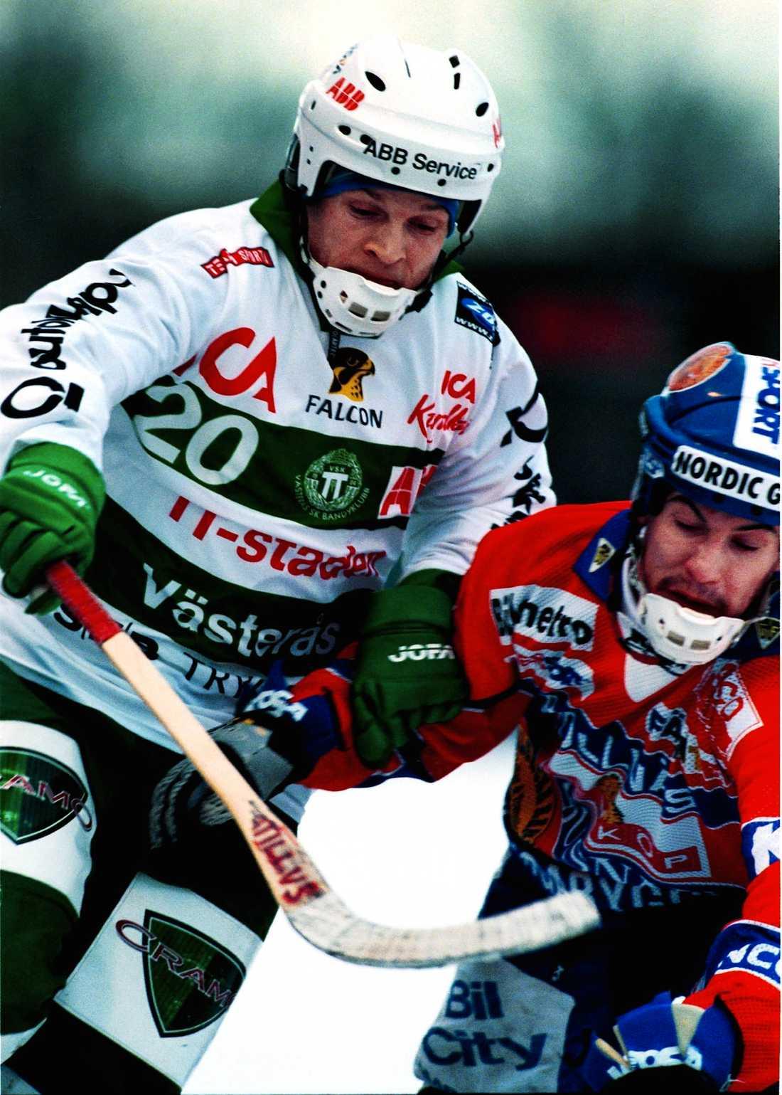 Mot Bollnäs 2000.