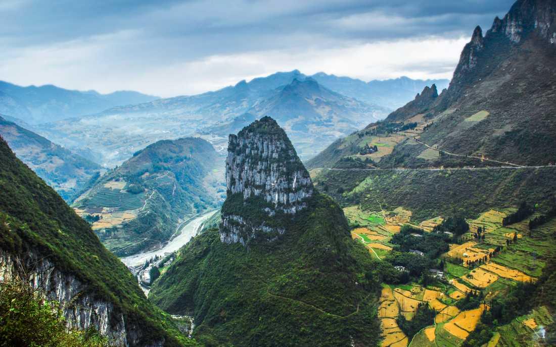 Utanför Chongqings centrum finns vacker natur.