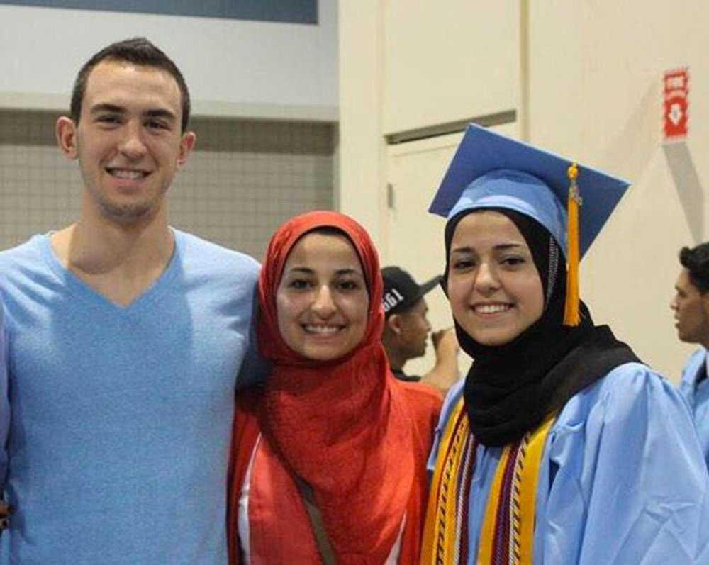Deah Shaddy Barakat, 23, Yusor Mohammad, 21 och Razan Mohammad Abu-Salha, 19.