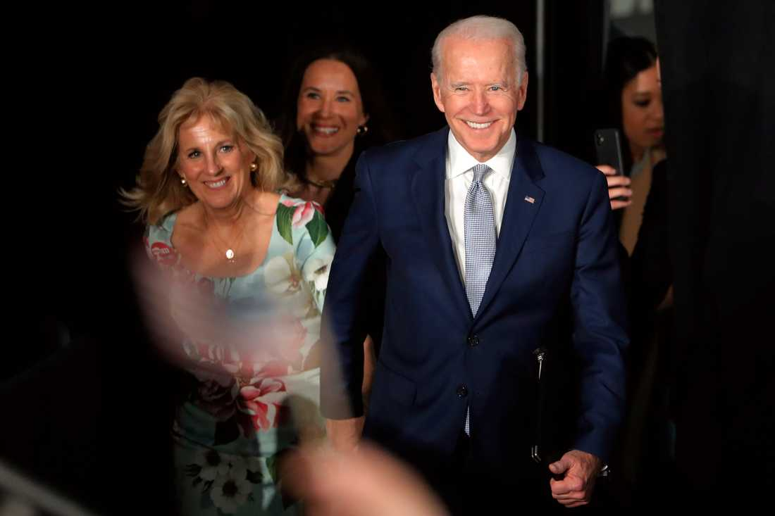 Joe Biden och frun Jill Biden i South Carolina.