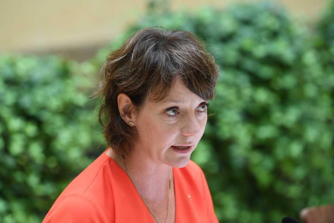 Ministern för högre utbildning Matilda Ernkrans (S) på regeringens pressträff.