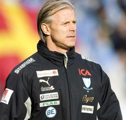 Roland Nilssons Malmö FF gör det bästa för att skingra tankarna på lagets form.