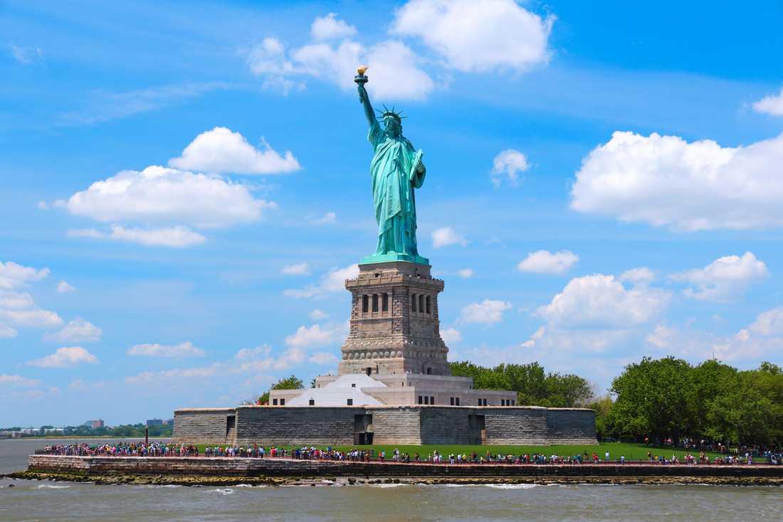 Den mest kända Frihetsgudinnan står i USA.