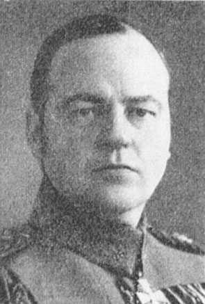 Den finländske generalen Kurt Wallenius klarade inte av infernot på Karelska näset. Han tog sin tillflykt till spriten och lämnade armén.