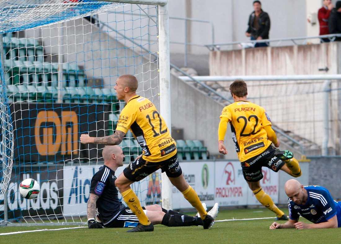 Elfsborgs Viktor Prodell (22) gör 0-1.