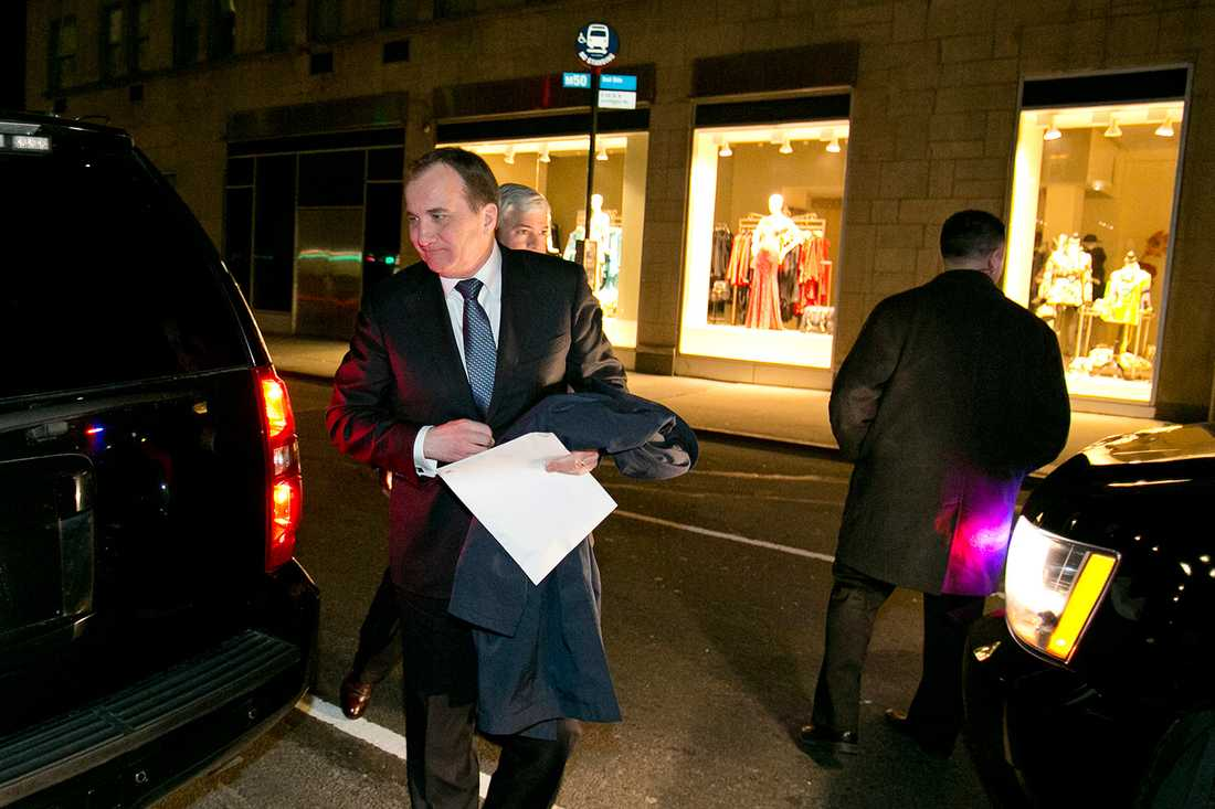 Löfven mötte Aftonbladet för en intervju utanför sitt hotell i New York.