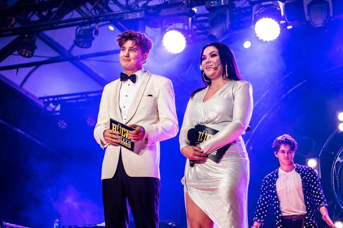 Daniel Norberg och Frida Söderlund programledde Rockbjörnen 2018
